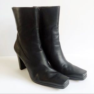 Nine West Black Leather Booties - ZZ04